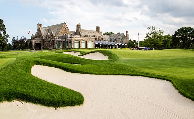 Winged Foot Golf Club 18th Hole East and Clubhouse