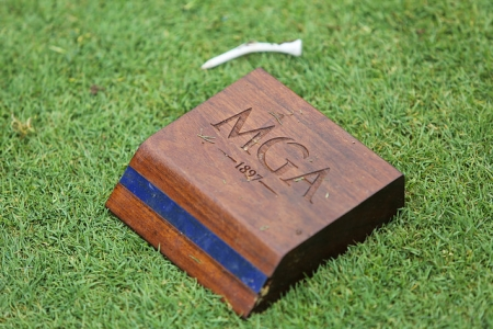 Tee box marker on the ground